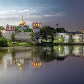 Alexey Kljatov - Day to night at Novodevichy convent