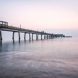 Deal Pier Sunrise - Ian Hufton