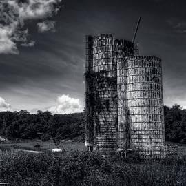 Mike  Deutsch - Desolate Silo