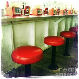 Nina Prommer - Diner Bar