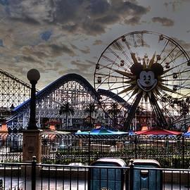 DayDream Images by Nancy Tsuzaki   - Disney Skyline