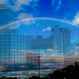 Penny King-Clark - Downtown Memphis With Intertwined Rainbow