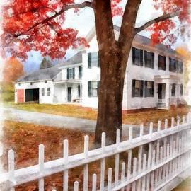 Downtown Norwich Vermont Picket Fence - Edward Fielding