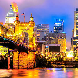 Gregory Ballos - Downtown Skyline of Cincinnati