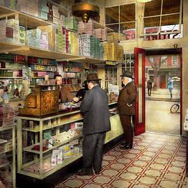 Mike Savad - Drugstore - Exact change please 1920
