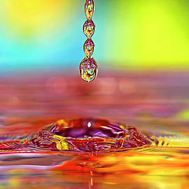 Geraldine Scull - Easter water drop series