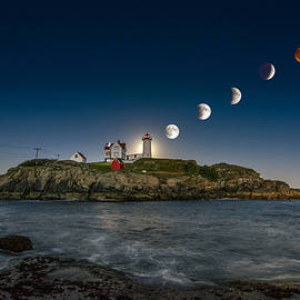 Scott Thorp - Eclipsing the Nubble