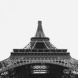 Eiffel Tower Perspective  - MGL Meiklejohn Graphics Licensing