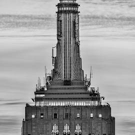 Susan Candelario - Empire State Building ESB Broadcasting NYC BW