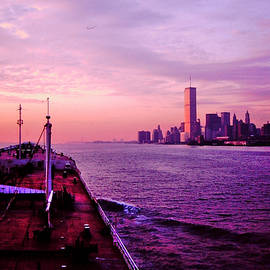 Mark Victors - Entering NYC Harbor