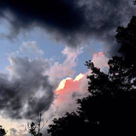 J Michael Bragg Photography    - #evening #clouds #ominous #darl #light