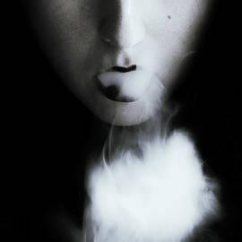 Exhale - Joanna Jankowska