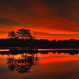 Dale Kauzlaric - Fall Sunrise Over Boom Lake