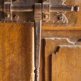 Jean Noren - Fancy Door Closure