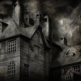 Fantasy - Haunted - It was a dark and stormy night