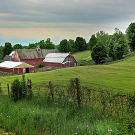 Nancy Griswold - Farm in West Newbury Vermont