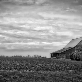Thomas Woolworth - Farming Midwest American Barn BW