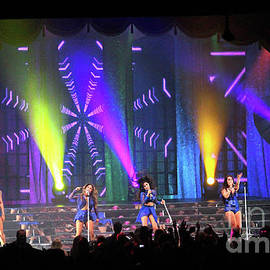 Gary Gingrich Galleries - Fifth Harmony-3323-Group
