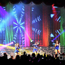 Gary Gingrich Galleries - Fifth Harmony-3357-Group