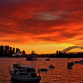 Miroslava Jurcik - Fire Sky Over Sydney Harbour