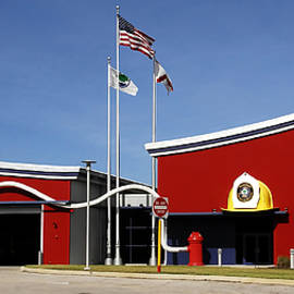 David Lee Thompson - Fire Station Disney Style