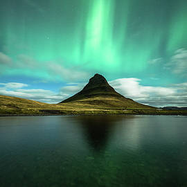 Damon Beckford - Flaming Kirkjufell