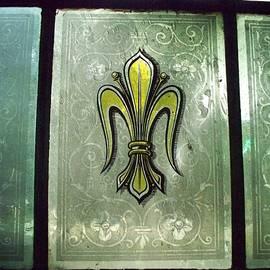 Seaux-N-Seau Soileau - Fleur de Lis in Glass
