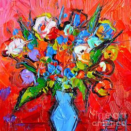 Mona Edulesco - Floral Miniature - Abstract 0115