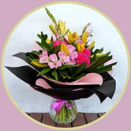 Dianne Pettingell - Flowers for mum