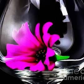 Catherine Lott - Fluered Glass