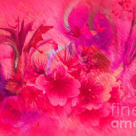 Sherri  Of Palm Springs - Flower Art Pinky Pink