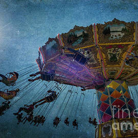 Remi D Photography - Flying Carousel