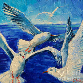 Mona Edulesco - Flying Seagulls
