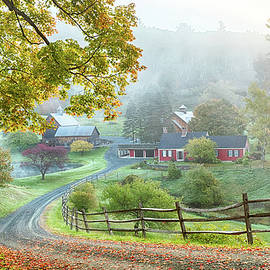 Jeff Folger - Fog on sleepy hollow farm