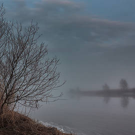 Jukka Heinovirta - Foggy Night On The River