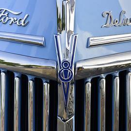 Bob VonDrachek - Ford Deluxe Grill