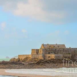 Sasha Samardzija - Fort National fortress in St-Malo
