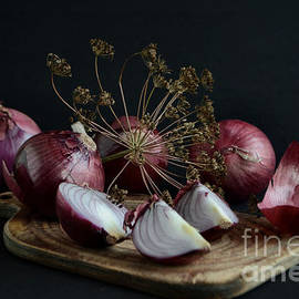 Luv Photography - Fresh Red Onions