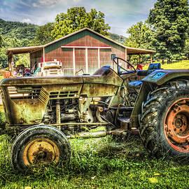 Debra and Dave Vanderlaan - Friends with Tractors
