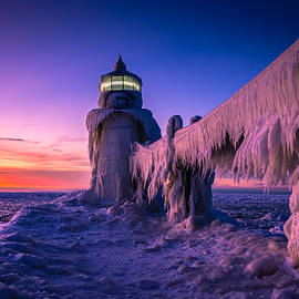 Michelle Thompson - Frozen Lighthouse Sunset St. Joseph Michigan