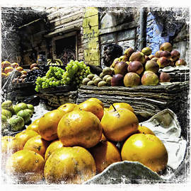 Sue Jacobi - Fruit Seller Blue City Street India Rajasthan 1a