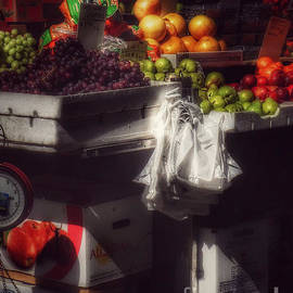 Miriam Danar - Fruits of Autumn - New York