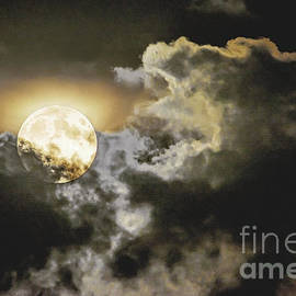 Regina Geoghan - Full Moon and Clouds #3 Sept 2015