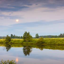 Jukka Heinovirta - Full Moon On The Night River