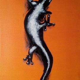 Judit Szalanczi - Gecko on orange wall