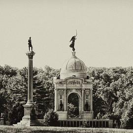 Bill Cannon - Gettysburg Memorial in Black and White