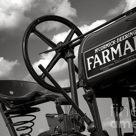Ghost of Farmall Past - Olivier Le Queinec