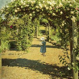 Elaine Teague - Girl in a Rose Garden