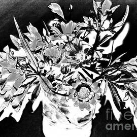 Jane Gatward - Glass with Oleander and Pyrethrum Flowers
