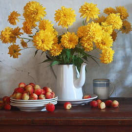 Nikolay Panov - Golden Flowers and Paradise Apples